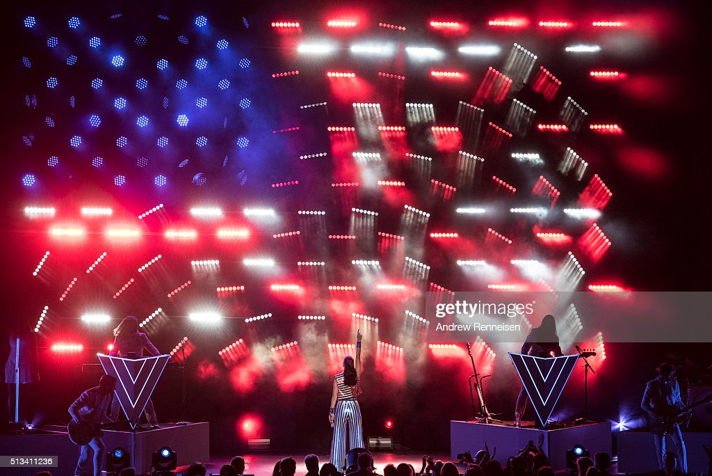 Katy Perry performs during a fundraiser for Democratic presidential candidate Hillary Clinton at Radio City Music Hall on March 2, 2016 in New York City. Clinton won seven states in yesterday's Super Tuesday.