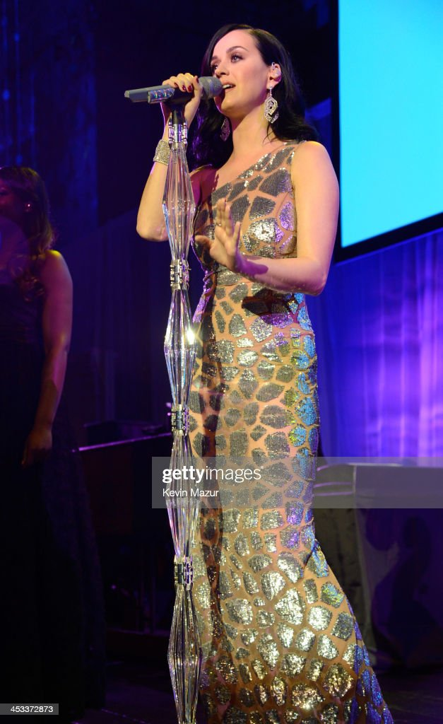 <a gi-track='captionPersonalityLinkClicked' href=/galleries/search?phrase=Katy+Perry&family=editorial&specificpeople=599558 ng-click='$event.stopPropagation()'>Katy Perry</a> performs on stage at The Ninth Annual UNICEF Snowflake Ball at Cipriani, Wall Street on December 3, 2013 in New York City.