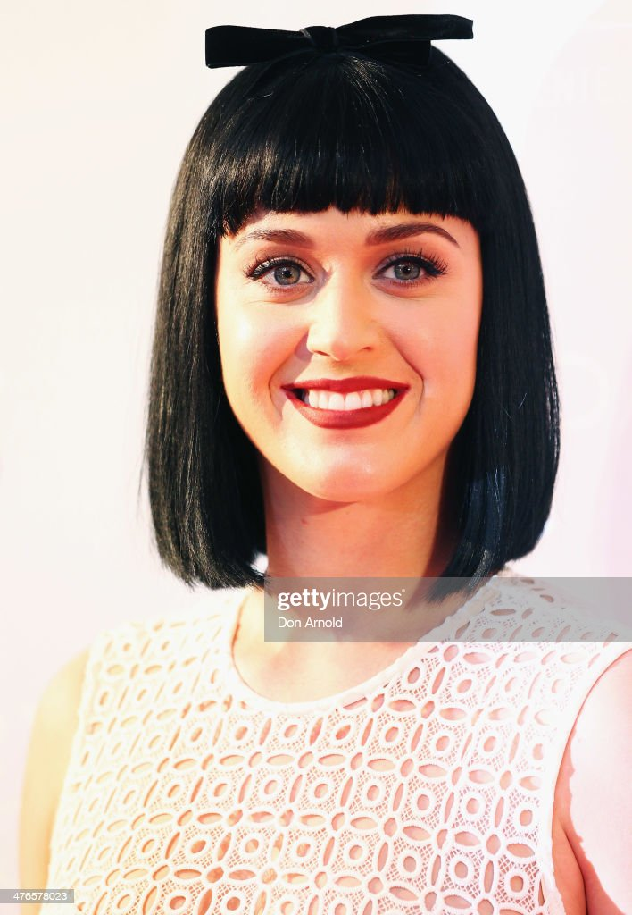 Katy Perry poses for media at Telstra HQ on George Street on March 4 2014 in Sydney Australia