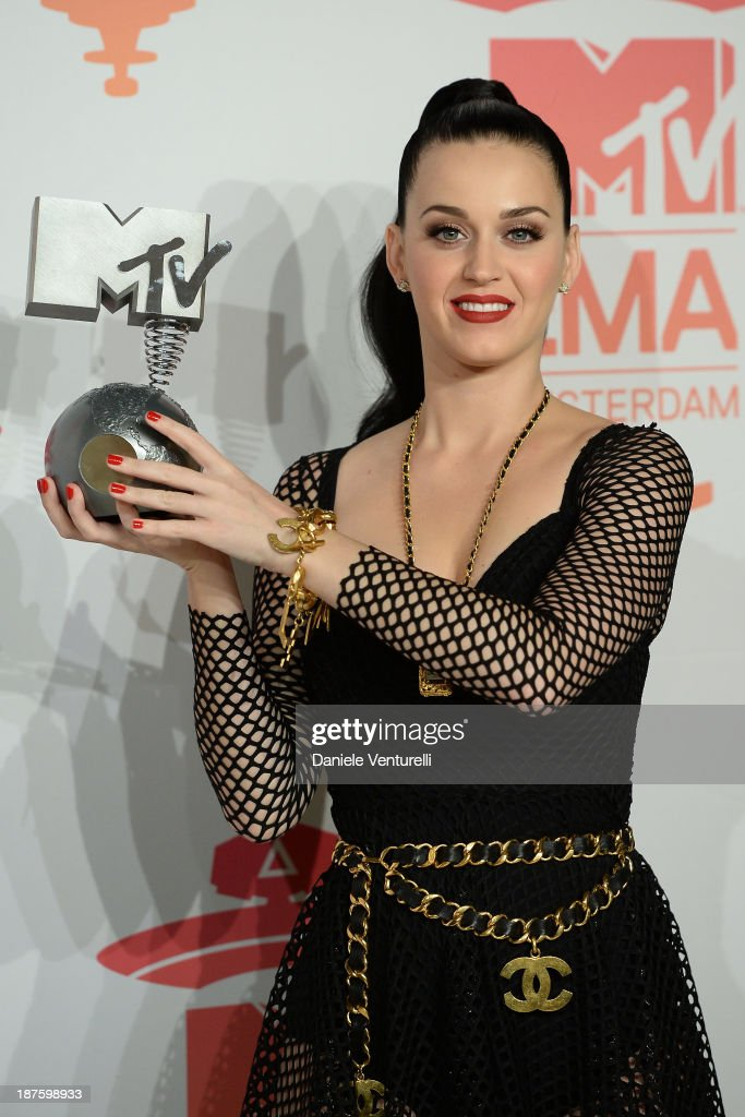 <a gi-track='captionPersonalityLinkClicked' href=/galleries/search?phrase=Katy+Perry&family=editorial&specificpeople=599558 ng-click='$event.stopPropagation()'>Katy Perry</a> poses in the photo room at the MTV EMA's 2013 at Ziggo Dome on November 10, 2013 in Amsterdam, Netherlands.