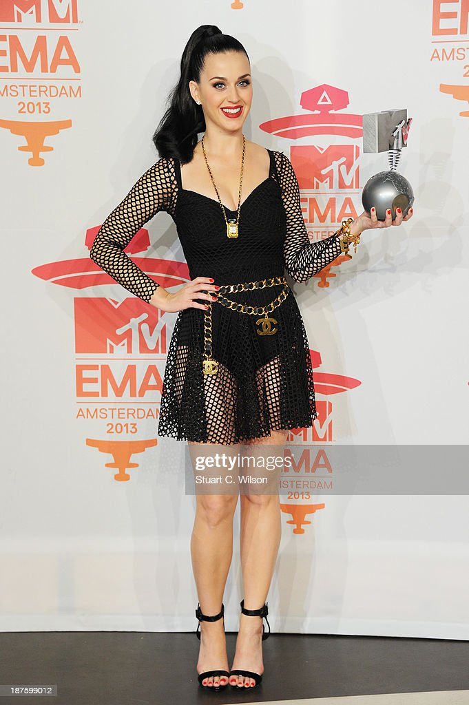 <a gi-track='captionPersonalityLinkClicked' href=/galleries/search?phrase=Katy+Perry&family=editorial&specificpeople=599558 ng-click='$event.stopPropagation()'>Katy Perry</a> poses with the Best Female award poses in the photo room during the MTV EMA's 2013 at the Ziggo Dome on November 10, 2013 in Amsterdam, Netherlands.