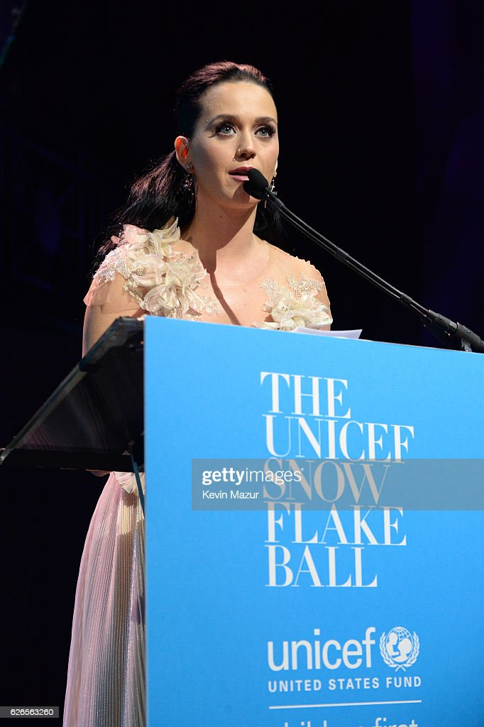Katy Perry speaks on stage during the 12th annual UNICEF Snowflake Ball at Cipriani Wall Street on November 29, 2016 in New York City.