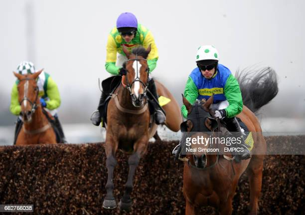Kauto Star ridden by Ruby Walsh fails to make an impression on Our Vic ridden by Timmy Murphy