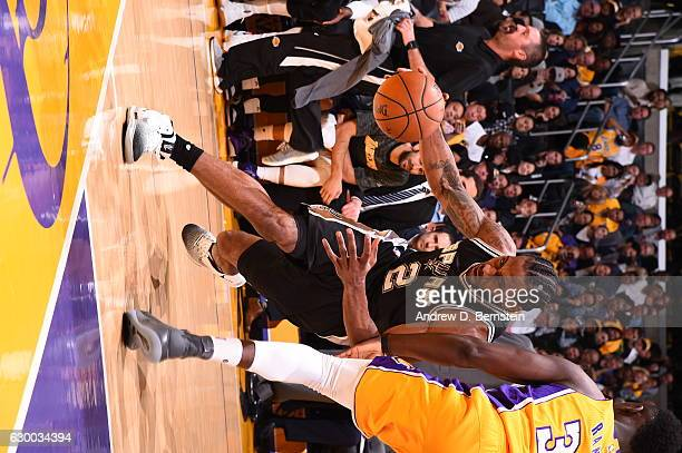 Kawhi Leonard of the San Antonio Spurs drives to the basket against the Los Angeles Lakers on November 18 2016 at STAPLES Center in Los Angeles...
