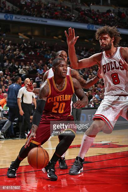 Kay Felder of the Cleveland Cavaliers drives to the basket against the Chicago Bulls on October 14 2016 at the United Center in Chicago Illinois NOTE...