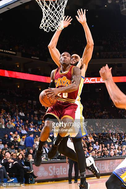 Kay Felder of the Cleveland Cavaliers goes for the lay up during the game against the Golden State Warriors on January 16 2017 at ORACLE Arena in...
