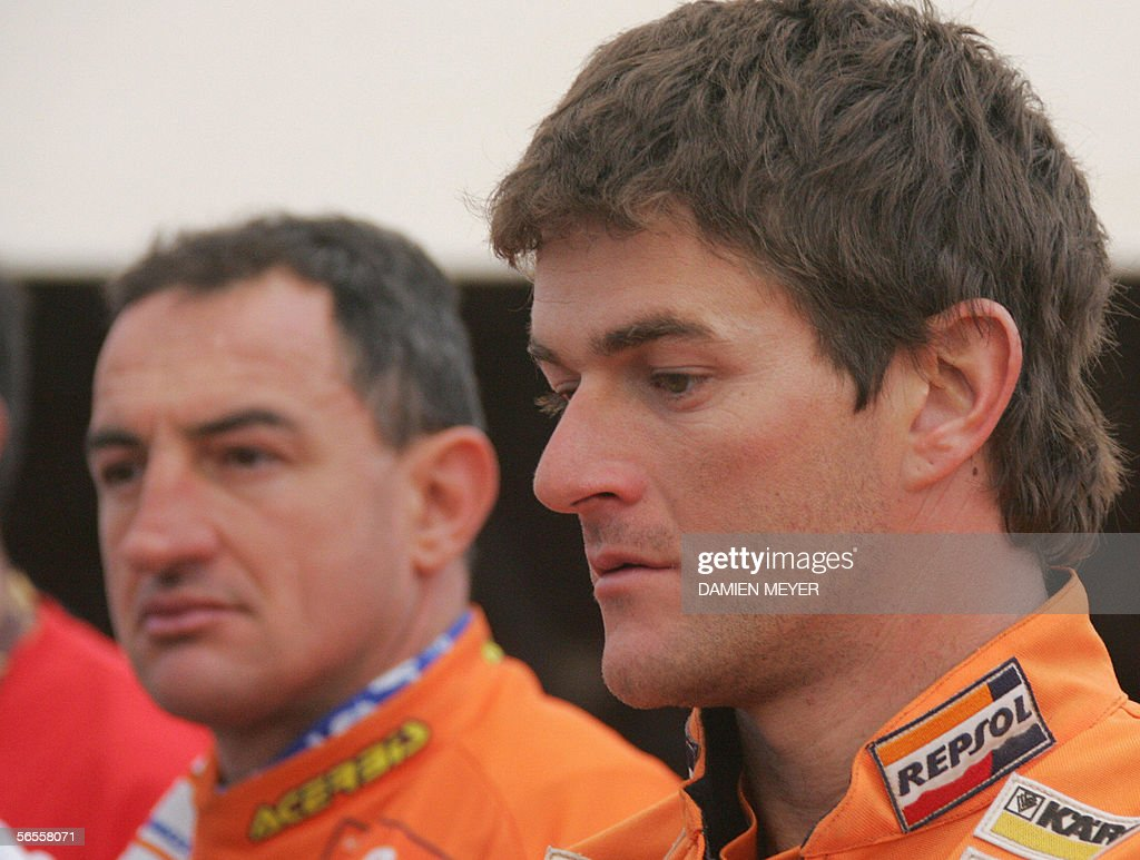 Spain's Marc Coma (R) and Italy's <b>Giovanni Sala</b> are picture during a ... - kayes-mali-spains-marc-coma-and-italys-giovanni-sala-are-picture-a-picture-id56558071