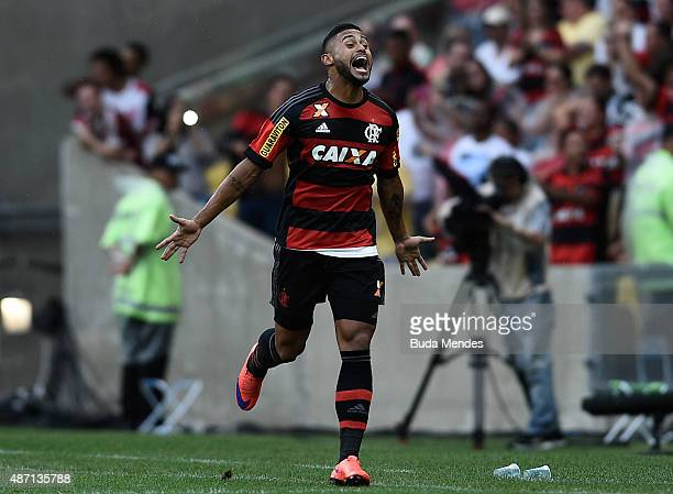 Kayke celebrates after scoring a goal during a match between Flamengo and Fluminense as part of Brasileirao Series A 2015 at Maracana Stadium on...
