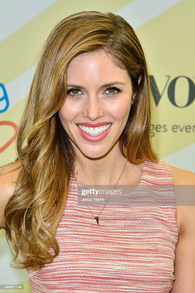 <a gi-track='captionPersonalityLinkClicked' href=/galleries/search?phrase=Kayla+Ewell&family=editorial&specificpeople=225010 ng-click='$event.stopPropagation()'>Kayla Ewell</a> arrives at Children Mending Hearts' 6th Annual Fundraiser 'Empathy Rocks: A Spring Into Summer Bash' on June 14, 2014 in Beverly Hills, California.