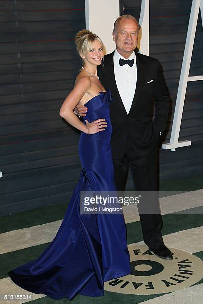 Kayte Grammer and actor Kelsey Grammer arrive at the 2016 Vanity Fair Oscar Party Hosted by Graydon Carter at the Wallis Annenberg Center for the...
