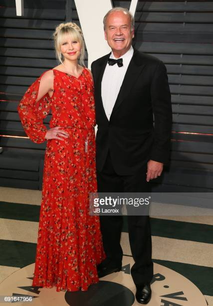 Kayte Walsh and Kelsey Grammer attend the 2017 Vanity Fair Oscar Party hosted by Graydon Carter at Wallis Annenberg Center for the Performing Arts on...