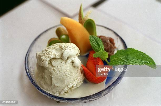 Kazen Japanese Cafe and Restaurant 201 Brunswick Street Fitzroy Sesame ice cream and red bean paste 5th November 1999 THE AGE EPICURE Picture by GARY...