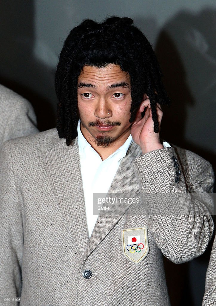<a gi-track='captionPersonalityLinkClicked' href=/galleries/search?phrase=Kazuhiro+Kokubo&family=editorial&specificpeople=823070 ng-click='$event.stopPropagation()'>Kazuhiro Kokubo</a> is seen upon arrival to Narita International Airport on February 21, 2010 in Narita, Chiba, Japan.