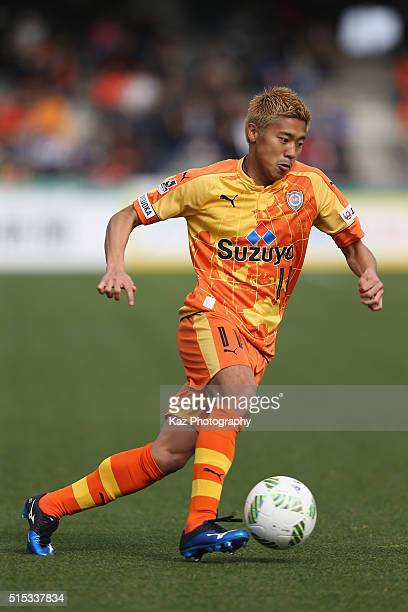 Kazuya Murata of Shimizu SPulse in action during the JLeague second division match between Shimizu SPulse and Matsumoto Yamaga at the IAI Stadium...