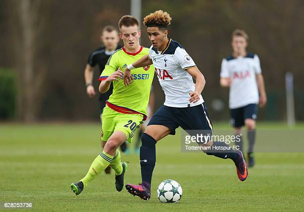 Keanan Bennetts of Tottenham Hotspur holds off Konstantin Kuchaev of CSKA Moscow during the UEFA Youth Champions League match between Tottenham...