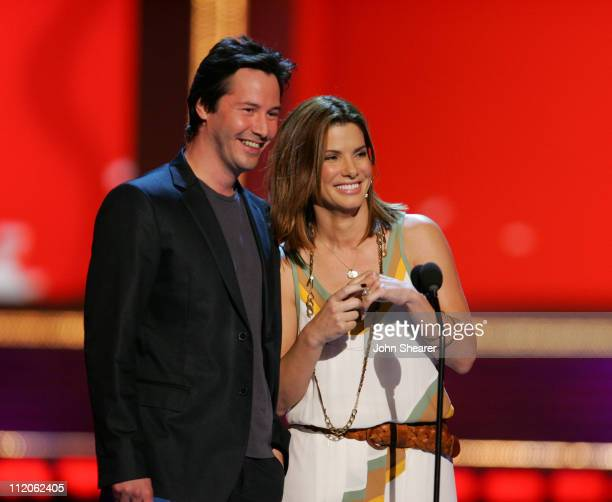 Keanu Reeves and Sandra Bullock presenters during 2006 MTV Movie Awards MTVcom Show at Sony Pictures in Culver City California United States