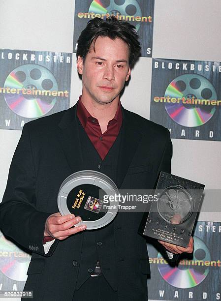 Keanu Reeves wins the Blockbuster Entertainment Award for best actor in a science fiction movie for his role in The Matrix