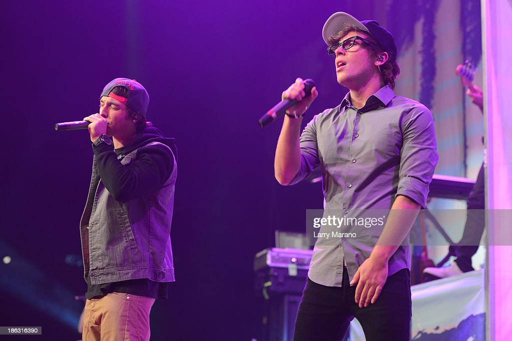 Keaton Stromberg and Wesley Stromberg of Emblem3 perform at BB&T Center on October 29, 2013 in Sunrise, Florida.