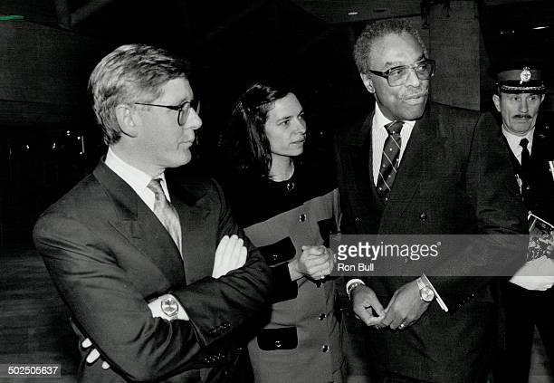 Keen observers Premier Bob Rae his wife Ariene Perly Rae and LieutenantGovernor Lincoln Alexander chat before a UN benefit concert in Toronto last...