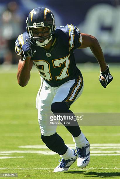 Keenan McCardell of the San Diego Chargers in action during the NFL game against the Tennessee Titans held on September 17 2006 at Qualcomm Stadium...