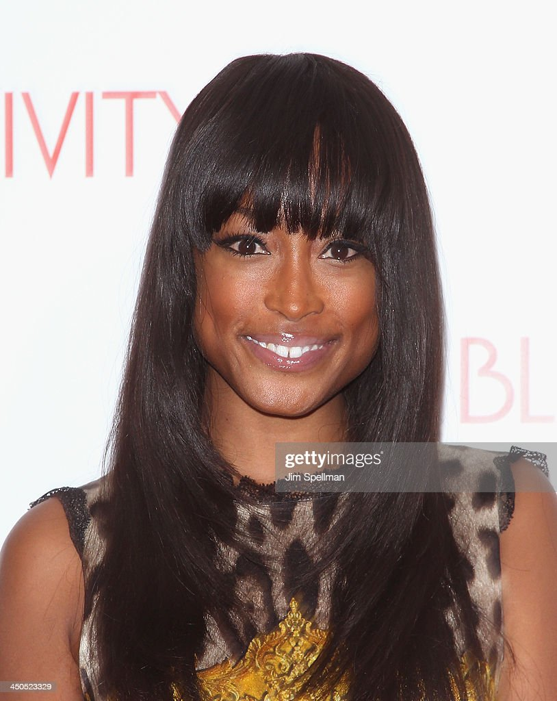 <a gi-track='captionPersonalityLinkClicked' href=/galleries/search?phrase=Keenyah+Hill&family=editorial&specificpeople=603915 ng-click='$event.stopPropagation()'>Keenyah Hill</a> attends the 'Black Nativity' premiere at The Apollo Theater on November 18, 2013 in New York City.