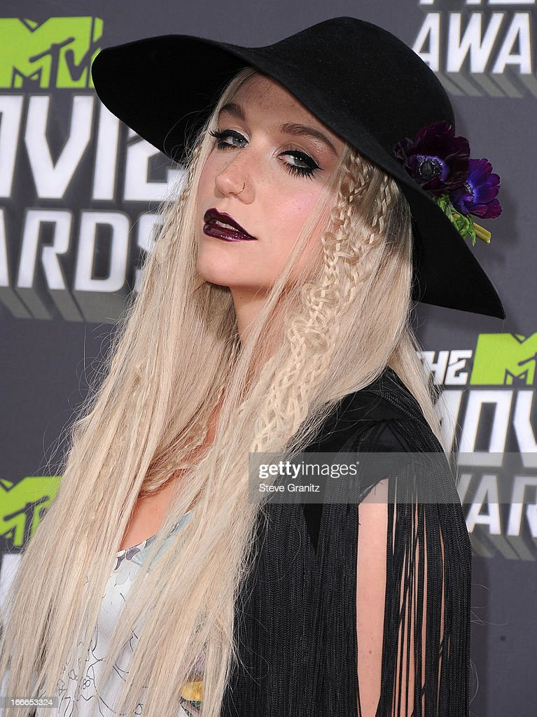 <a gi-track='captionPersonalityLinkClicked' href=/galleries/search?phrase=Ke%24ha&family=editorial&specificpeople=6718222 ng-click='$event.stopPropagation()'>Ke$ha</a> arrives at the 2013 MTV Movie Awards at Sony Pictures Studios on April 14, 2013 in Culver City, California.