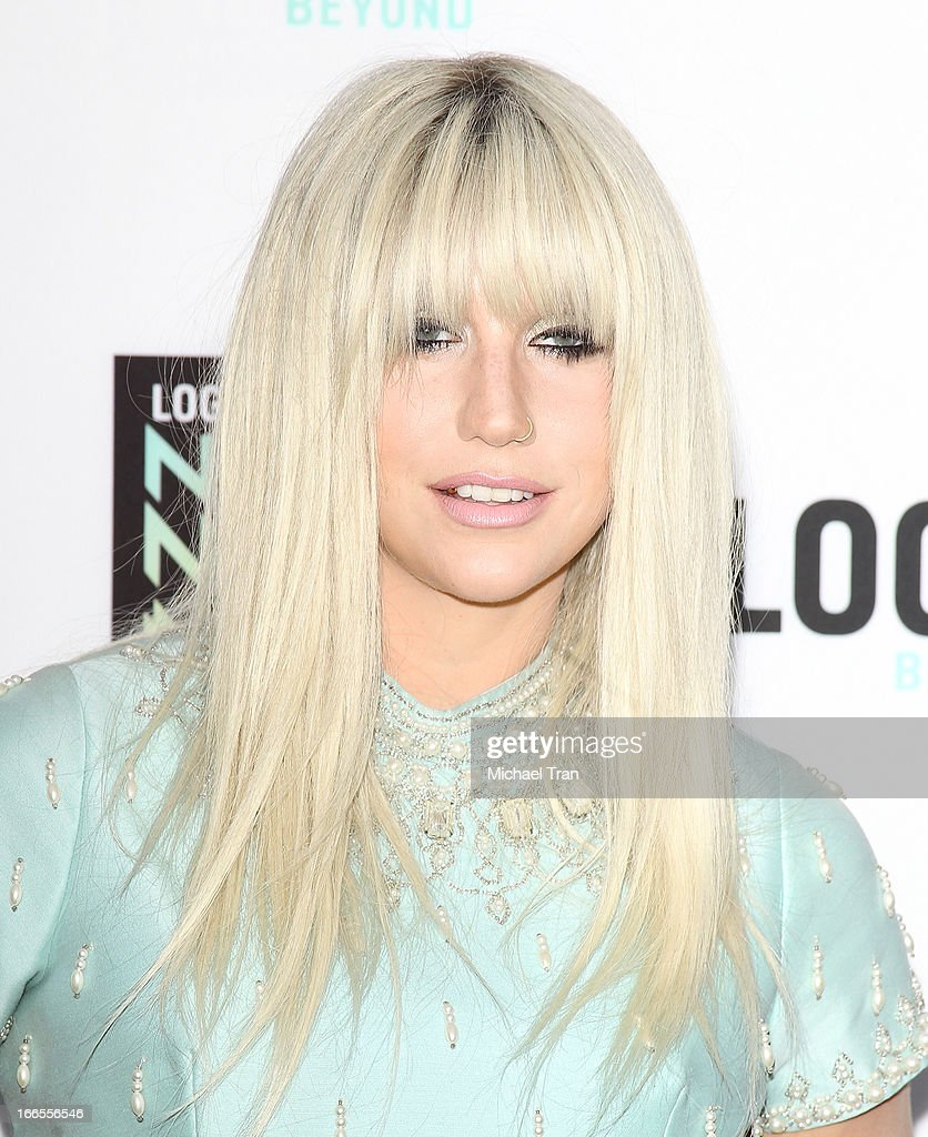 <a gi-track='captionPersonalityLinkClicked' href=/galleries/search?phrase=Ke%24ha&family=editorial&specificpeople=6718222 ng-click='$event.stopPropagation()'>Ke$ha</a> arrives at the Logo NewNowNext Awards 2013 held at The Fonda Theatre on April 13, 2013 in Los Angeles, California.