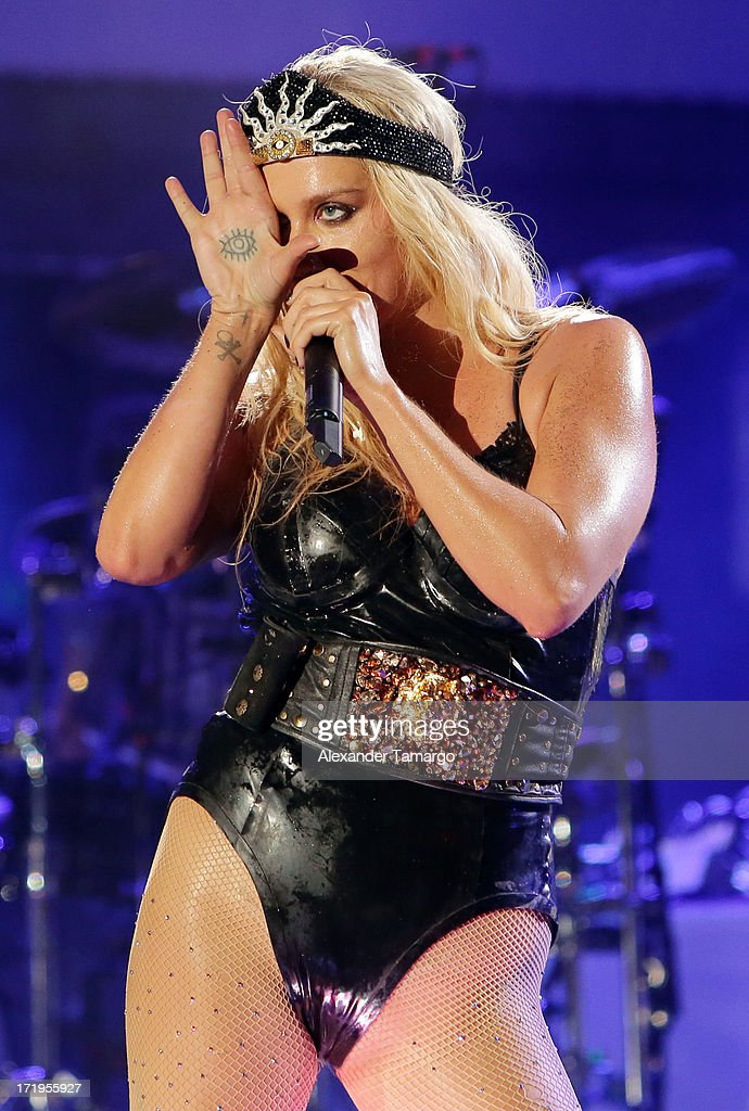 <a gi-track='captionPersonalityLinkClicked' href=/galleries/search?phrase=Ke%24ha&family=editorial&specificpeople=6718222 ng-click='$event.stopPropagation()'>Ke$ha</a> performs at the iHeartRadio Ultimate Pool Party Presented By VISIT FLORIDA at Fontainebleau Miami Beach on June 29, 2013 in Miami Beach, Florida.