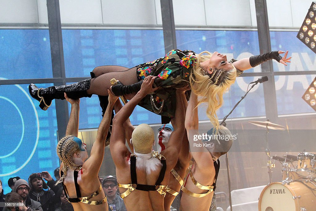 Ke$ha performs on NBC's 'Today' at Rockefeller Plaza on November 20, 2012 in New York City.