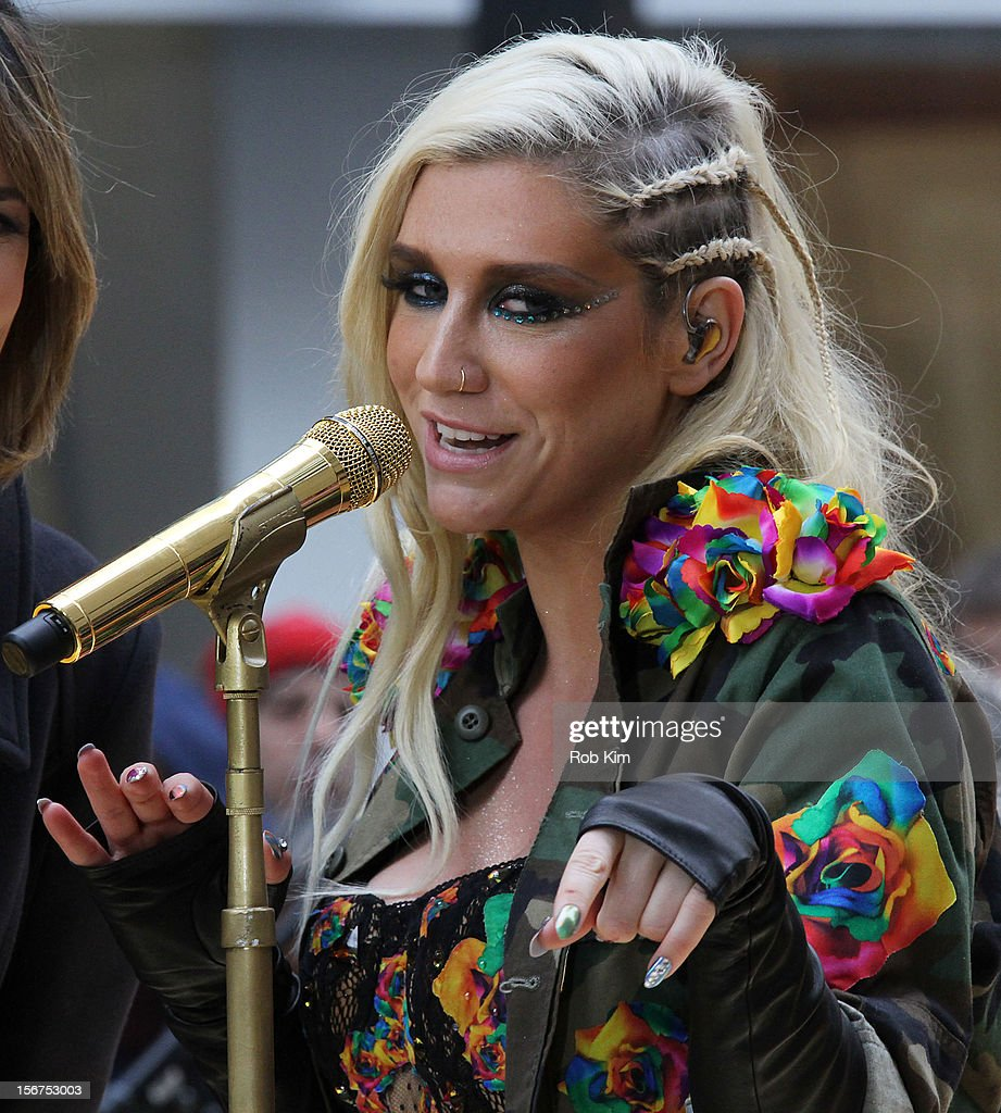 <a gi-track='captionPersonalityLinkClicked' href=/galleries/search?phrase=Ke%24ha&family=editorial&specificpeople=6718222 ng-click='$event.stopPropagation()'>Ke$ha</a> performs on NBC's 'Today' at Rockefeller Plaza on November 20, 2012 in New York City.