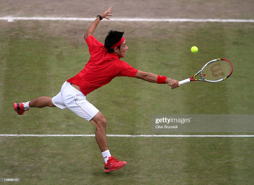 <a gi-track='captionPersonalityLinkClicked' href=/galleries/search?phrase=Kei+Nishikori&family=editorial&specificpeople=4432498 ng-click='$event.stopPropagation()'>Kei Nishikori</a> of Japan returns a shot to Juan Martin Del Potro of Argentina during the Quarterfinal of Men's Singles Tennis on Day 6 of the London 2012 Olympic Games at Wimbledon on August 2, 2012 in London, England.
