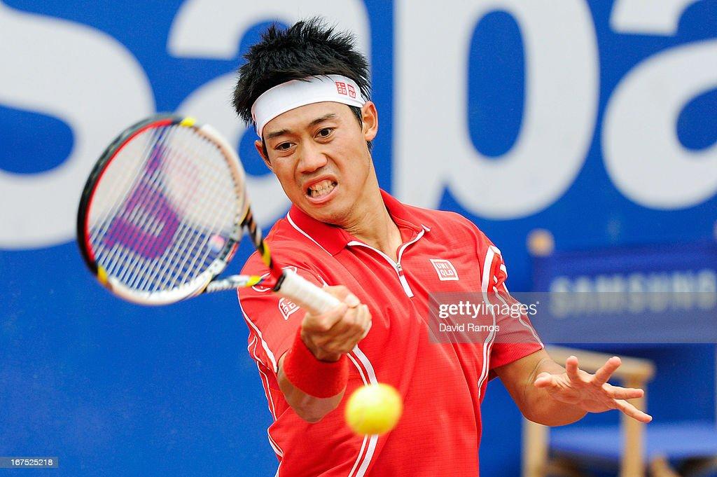Kei Nishikori of Japan returns the ball against Albert Ramos of Spain during day five of the 2013 Barcelona Open Banc Sabadell on April 26, 2013 in Barcelona, Spain. Kei Nishikori lost 4-6, 6-7.