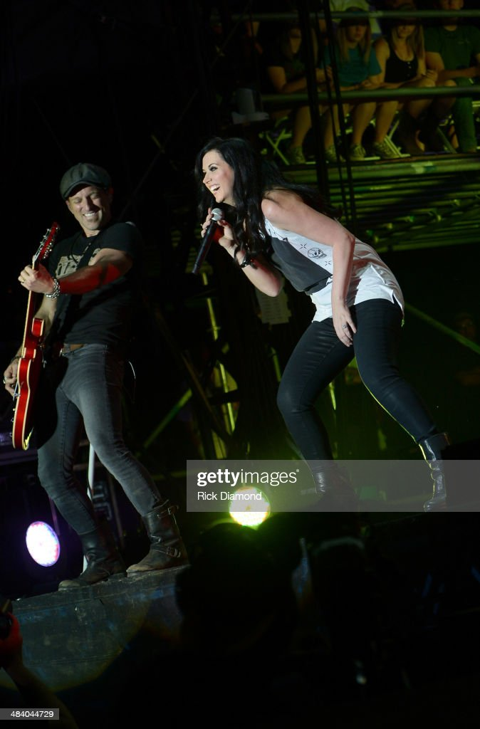 Keifer Thompson and Shawna Thompson of Thompson Square perform at Country Thunder USA In Florence Arizona Day 1 on April 10 2014 in Florence United...