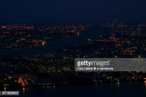 Keihin factory area in Kawasaki and Yokohama city night aerial view from airplane : ストックフォト