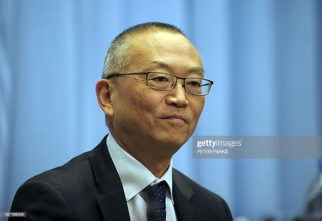 Keiji Fukuda, Assistant Director-General for Health Security and Environment in the World Health Organisation (WHO) attends a press conference in Shanghai on April 22, 2013. Fukuda reitered that there is still no evidence a new strain of deadly bird flu is passing in a 'sustained' fashion from person to person, amid worries some families may have infected each other. AFP PHOTO/Peter PARKS