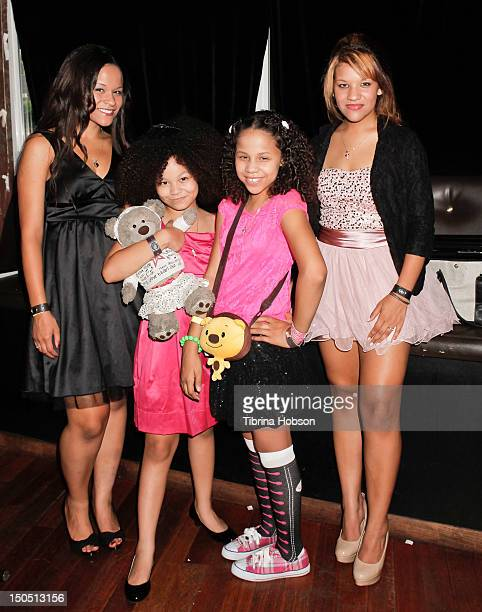 Keiko Sledge BoPah Sledge Mimi Sledge and Kariel Sledge attend the Sledge Grits Band fundraiser and release party at The Joint on August 19 2012 in...