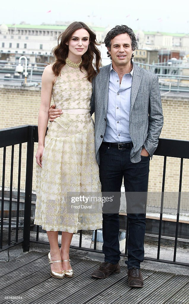 <a gi-track='captionPersonalityLinkClicked' href=/galleries/search?phrase=Keira+Knightley&family=editorial&specificpeople=202053 ng-click='$event.stopPropagation()'>Keira Knightley</a> and <a gi-track='captionPersonalityLinkClicked' href=/galleries/search?phrase=Mark+Ruffalo&family=editorial&specificpeople=209317 ng-click='$event.stopPropagation()'>Mark Ruffalo</a> attends a photocall for 'Begin Again' on July 2, 2014 in London, England.