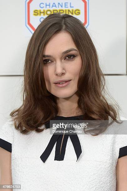 Keira Knightley attends the Chanel show as part of the Paris Fashion Week Womenswear Fall/Winter 20142015 on March 4 2014 in Paris France