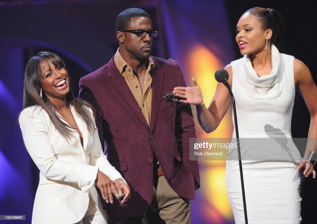 Keisha Knight Pullman, <a gi-track='captionPersonalityLinkClicked' href=/galleries/search?phrase=Lance+Gross&family=editorial&specificpeople=4083742 ng-click='$event.stopPropagation()'>Lance Gross</a> and <a gi-track='captionPersonalityLinkClicked' href=/galleries/search?phrase=Demetria+McKinney&family=editorial&specificpeople=5483441 ng-click='$event.stopPropagation()'>Demetria McKinney</a> present at the 2011 Soul Train Awards at The Fox Theatre on November 17, 2011 in Atlanta, Georgia.