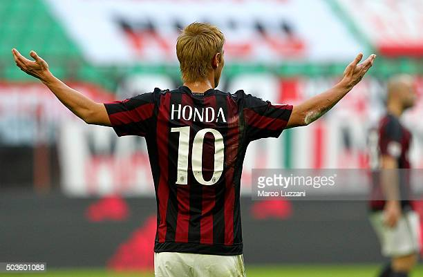 Keisuke Honda of AC Milan gestures during the Serie A match between AC Milan and Bologna FC at Stadio Giuseppe Meazza on January 6 2016 in Milan Italy