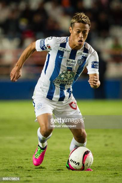 Keisuke Honda of Pachuca drives the ball during the 12th round match between Pachuca and Necaxa as part of the Torneo Apertura 2017 Liga MX at...
