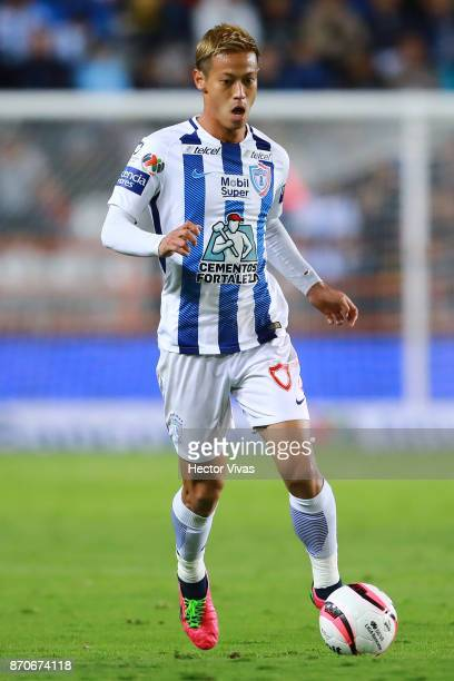Keisuke Honda of Pachuca drives the ball during the 16th round match between Pachuca and Queretaro as part of the Torneo Apertura 2017 Liga at...