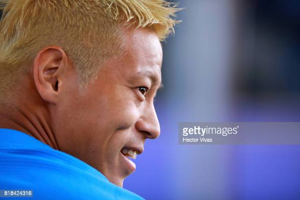 Keisuke Honda of Pachuca poses during a press conference to unveil Pachuca's new signings at Universidad del Futbol y Ciencias del Deporte on July 18...