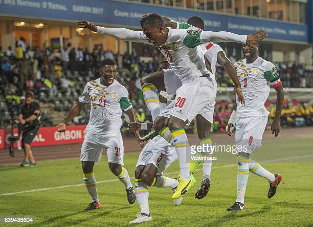Keita Balde and the Senegal team celebrate Henri Saivet's goal during the Group B match between Senegal and Zimbabwe at Stade Franceville on January...