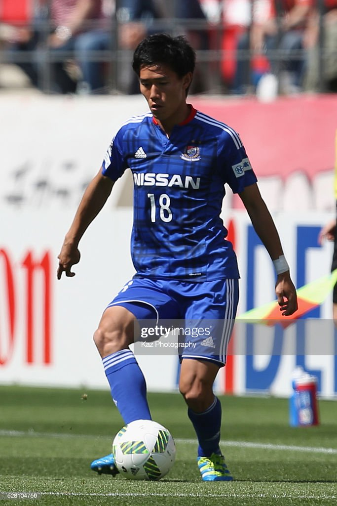 Keita Endo of Yokohama F.Marinos in action during the J.League match between Nagoya Grampus and Yokohama F.Marinos at the Toyota Stadium on May 4, 2016 in Toyota, Aichi, Japan.
