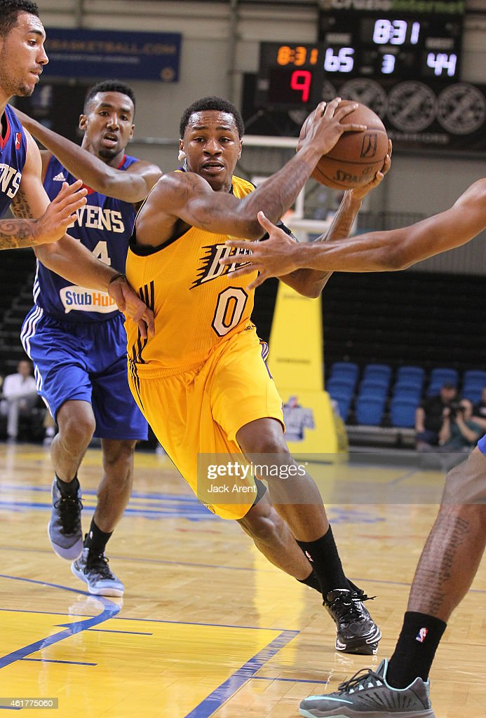 Keith Appling of the Los Angeles DFenders dribbles the ball against the Delaware 87ers of the during the 2015 NBA DLeague Showcase presented by...