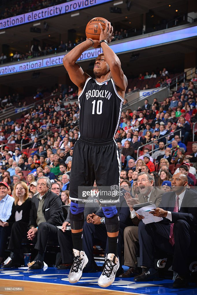 Keith Bogans #10 of the Brooklyn Nets shoots the ball against the Philadelphia 76ers during the game at the Wells Fargo Center on January 8, 2013 in Philadelphia, Pennsylvania.