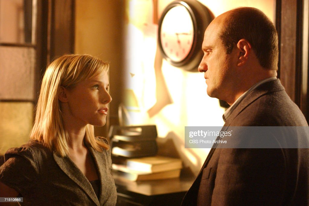 Keith confronts Veronica in VERONICA MARS on The CW this fall