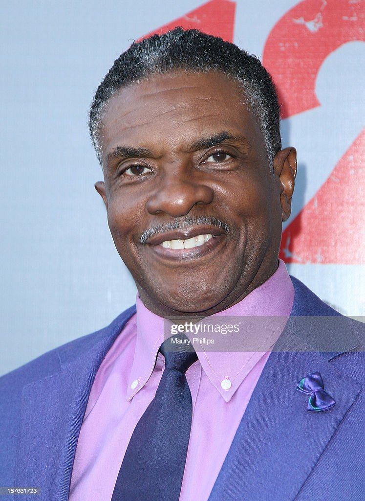 <a gi-track='captionPersonalityLinkClicked' href=/galleries/search?phrase=Keith+David&family=editorial&specificpeople=243019 ng-click='$event.stopPropagation()'>Keith David</a> attends '12 Angry Men' at the Pasadena Playhouse on November 10, 2013 in Pasadena, California.
