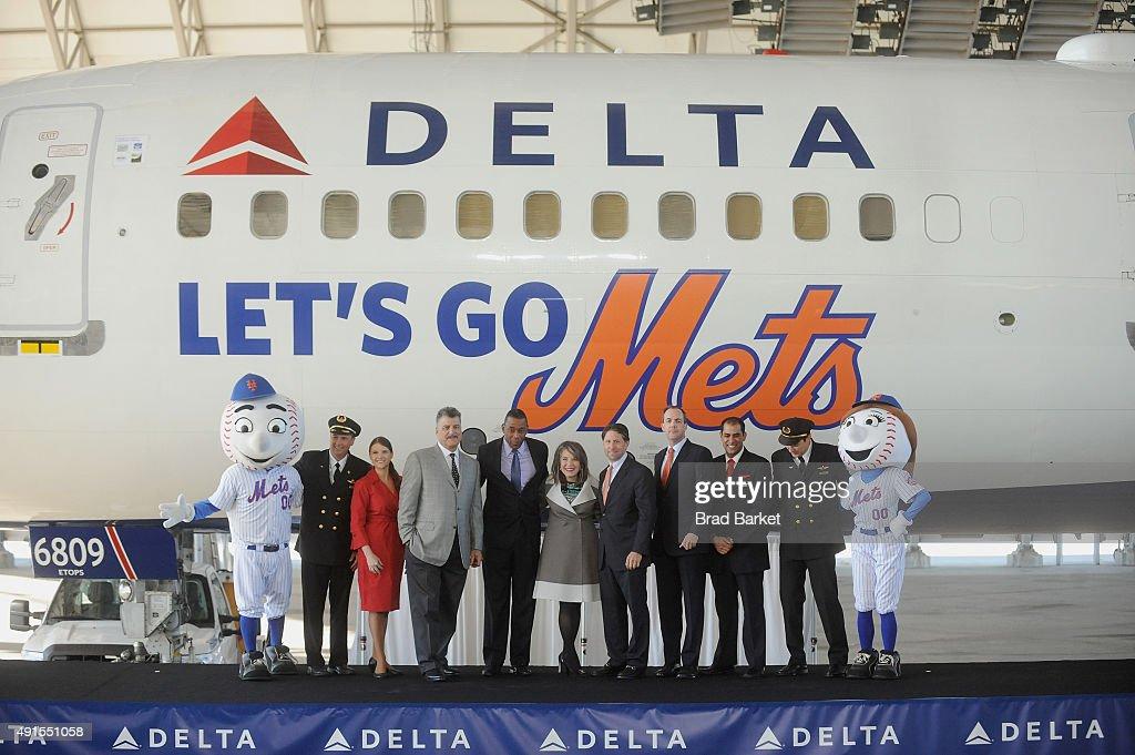 Delta Air Lines Unveils Let's Go Mets Aircraft